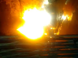 Katni, fire breaks out, after an explosion, dal factory, a laborer dies