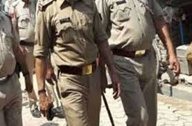Indore, Two policemen,received injuries, including policemen ,icluding TI