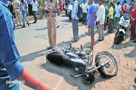 rajgarh,Two policemen ,riding bike injured, road accident, condition critical